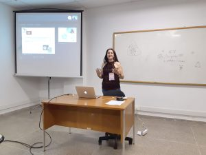 Dr. Cláudia Inês da Silva introducing Dr. Teresa Dunia Isabel Ortuño Limarino via Skype - Palynology in Boliva: perspective and advances in historical vegetation – climate reconstruction and interactions pollen-plants-bees approches
